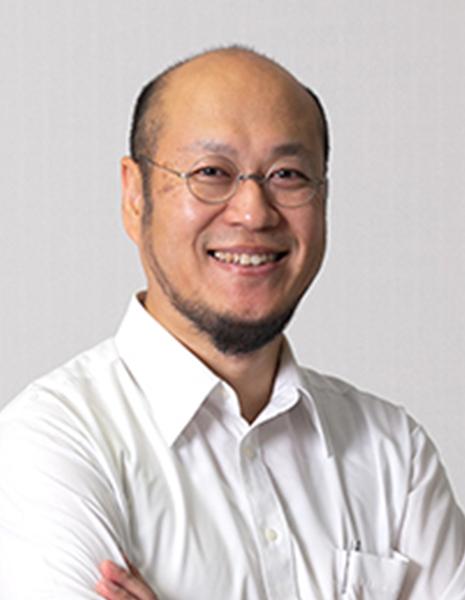 牛田 俊 氏